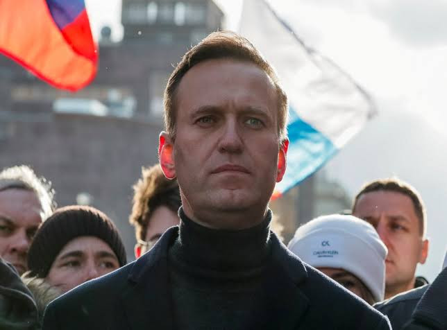 Russian opposition leader Alexey Navalny calls out Trump for not condemning chemical attack that almost killed him