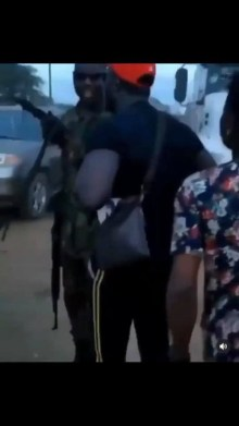 Protesters confront soldier who allegedly shot at them in Agbara (video)