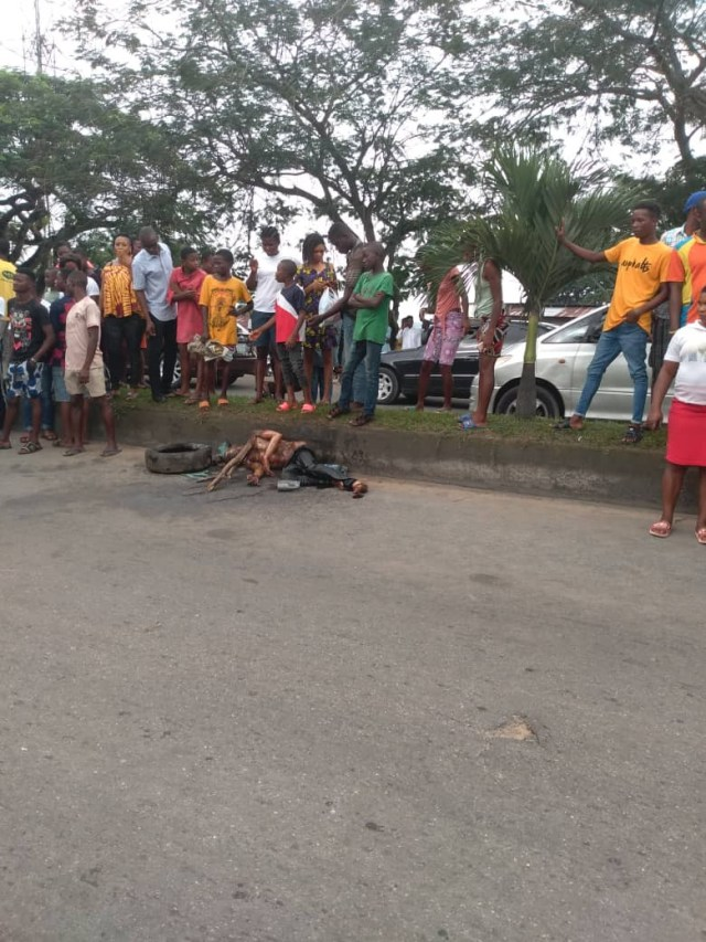 Mob set Armed robber on fire in Calabar