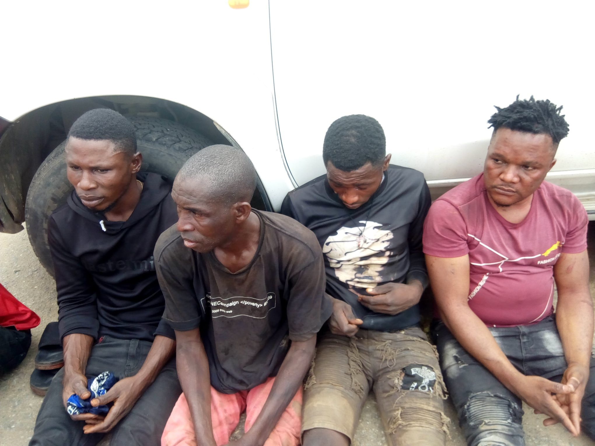 #EndSARS: Edo Police arrest 9 suspected hoodlums who burgled a rice warehouse in Benin