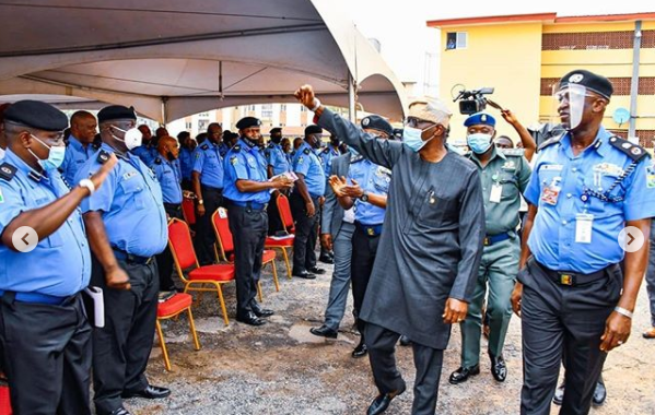 Governor Sanwo-Olu awards scholarship to children of policemen who died in Lagos violence, Governor Sanwo-Olu awards scholarship to children of policemen who died in Lagos violence, Premium News24