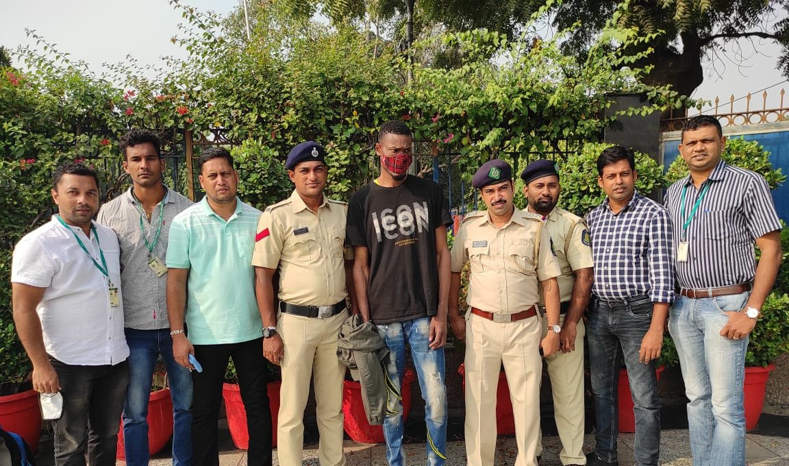 Nigerian national arrested in India for duping a man of over $6000 through Facebook