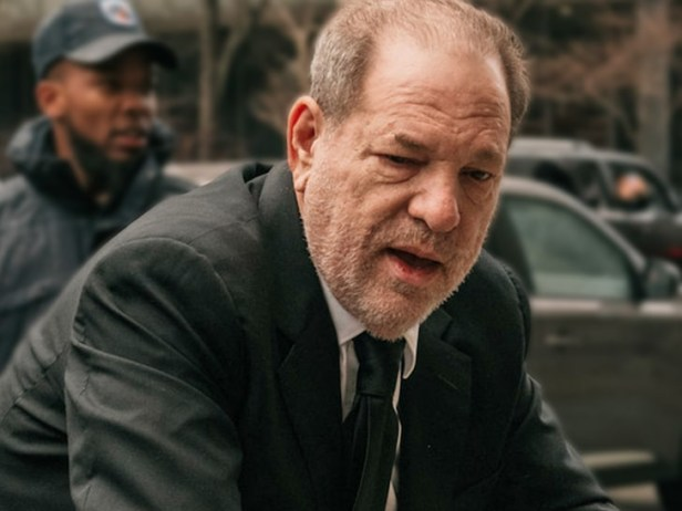 Harvey Weinstein ?gravely ill with suspected Covid-19?