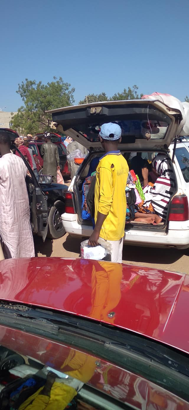 Man alerts Kano authorities after he spotted a Katsina-bound commercial driver carrying passengers including children in the booth of his vehicle