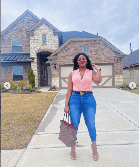 Comedienne Ecovangel buys a house in US (photos)