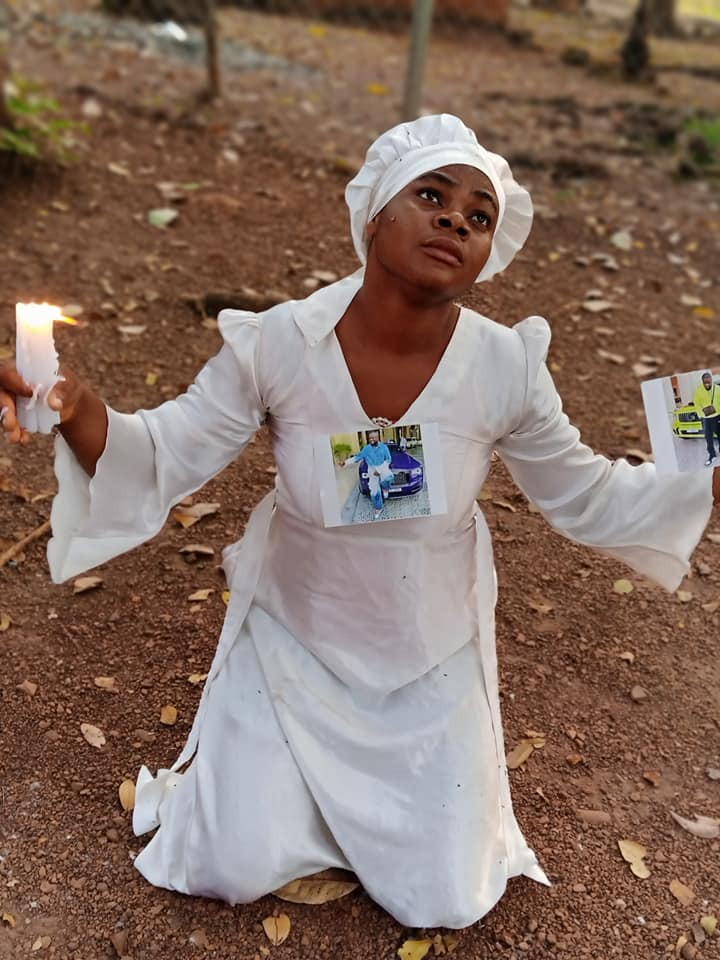 Nigerian lady goes on