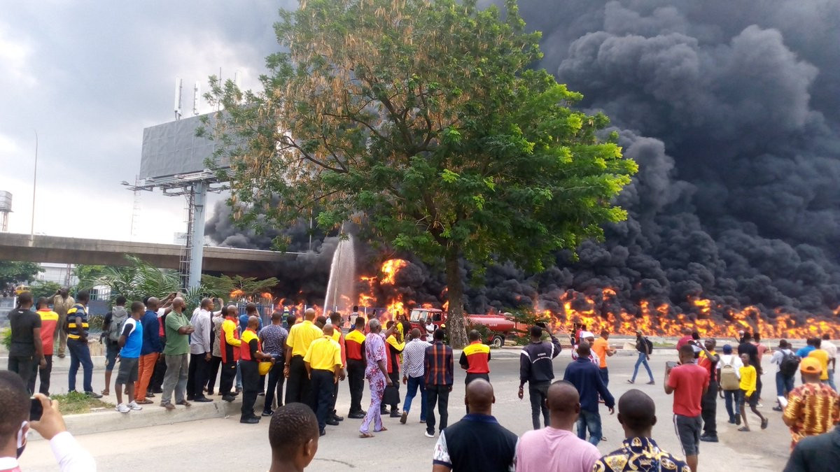 Oil tanker explodes in Lagos (photos/video)