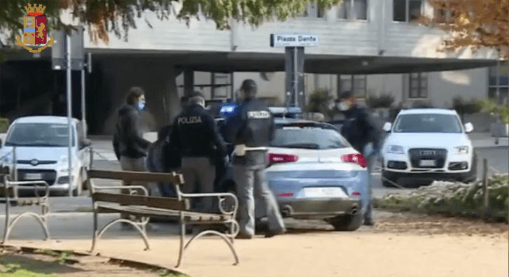 Video: Nigerian woman, her son, sister-in-law, 13 others arrested as Italian Police smash drug ring