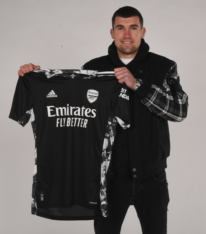 Arsenal completes loan signing of goalkeeper Mat Ryan from Brighton for the rest of the season (photos)