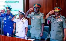 Buhari sacks Service chiefs, announces replacements