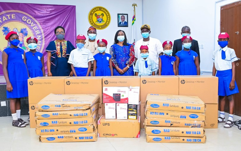 Lagos First Lady donates computers, other accessories to school in Yaba? Pledges Continuous Investment In Education To Complement LASG