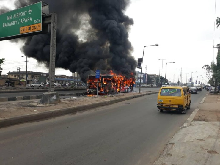 Passengers run for safety as BRT bus conveying passenger suddenly catches fire at Idi-Iroko