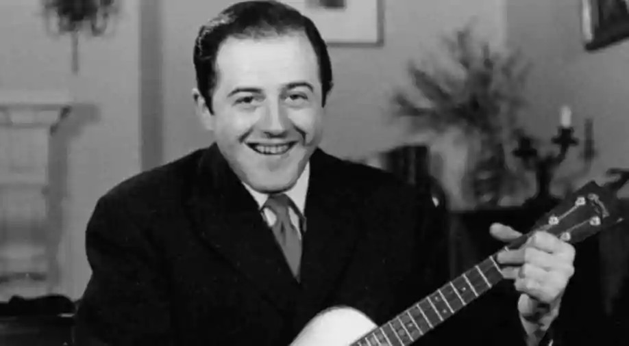 Canadian singer Raymond Levesque dies at 92 after contracting COVID-19
