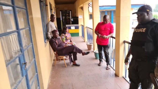 Senator Okorocha arrested for unsealing hotel seized by the Imo state government (photos/Video)