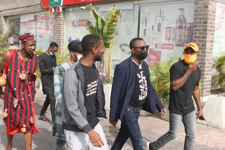 Native doctor follows Omoyele Sowore to court in Abuja (photos)