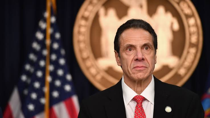 New photo emerges showing New York Governor Andrew Cuomo grabbing a woman