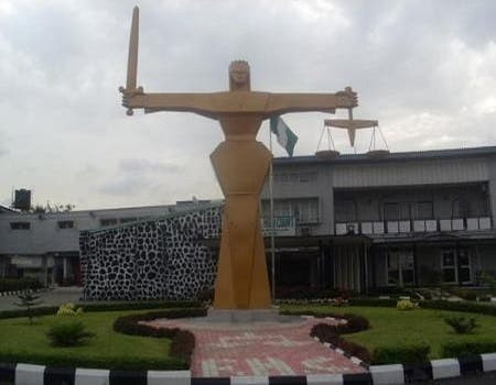 Ogun Court sentences labourer to death by hanging for beheading a 2-year-old boy and attempting to kill the mother