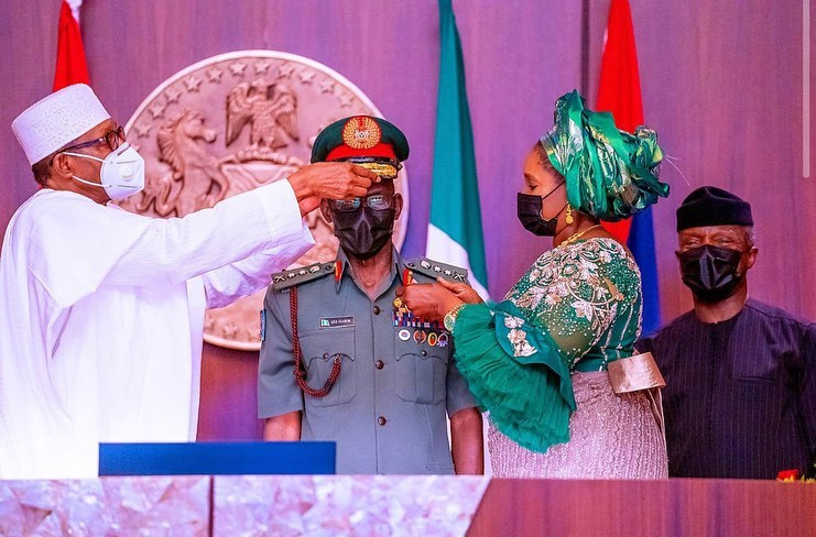 President Buhari decorates the new service chiefs (photos)