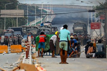 Myanmar protests: At least 21 protesters are killed by Military in bloody crackdown as politicians removed by coup call for revolution (Photos/videos)