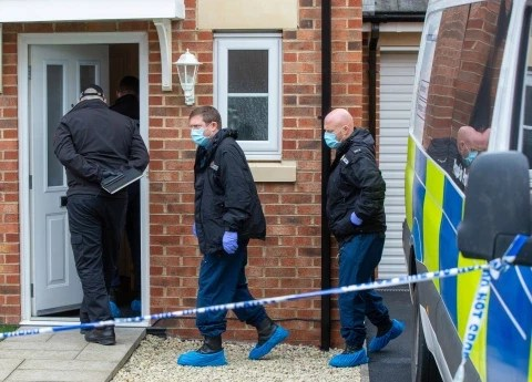 Man stabs his ex girlfriend to death after he discovered she was having s3x with 15 year old boy