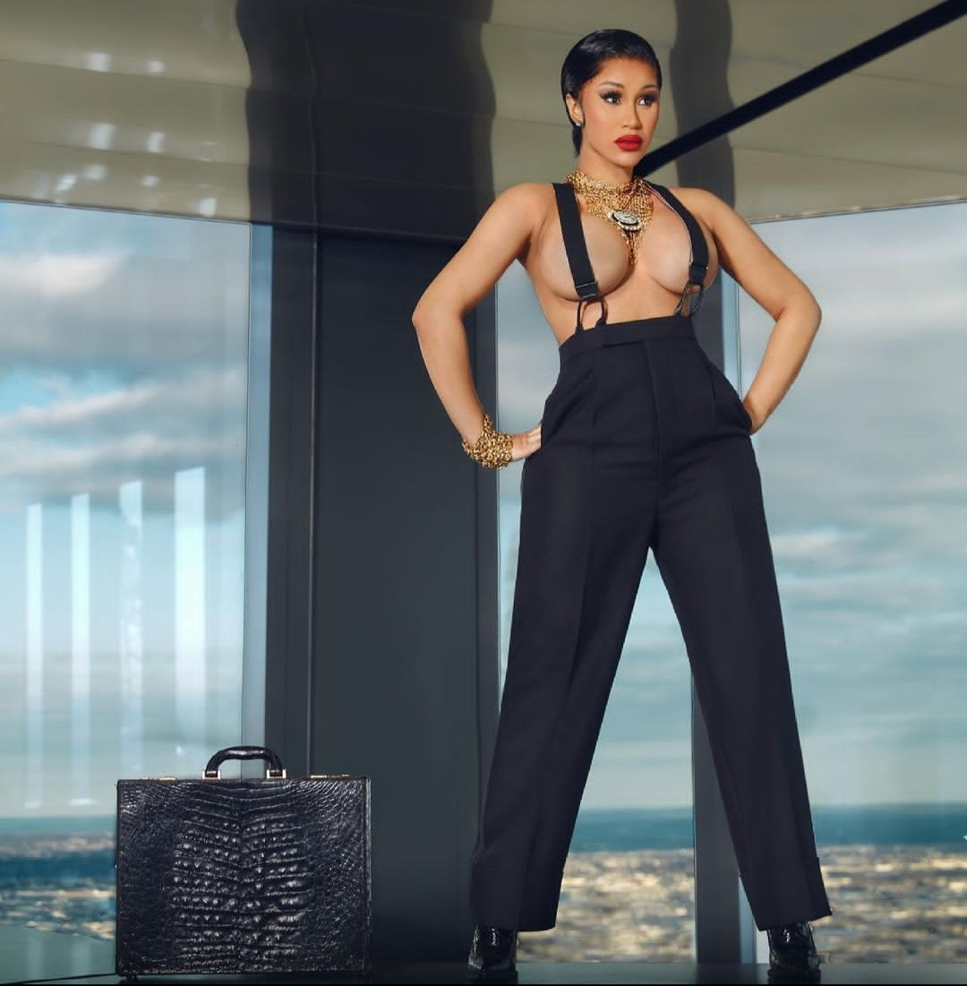 Cardi B goes topless and braless for XXL magazine shoot | 750nobs