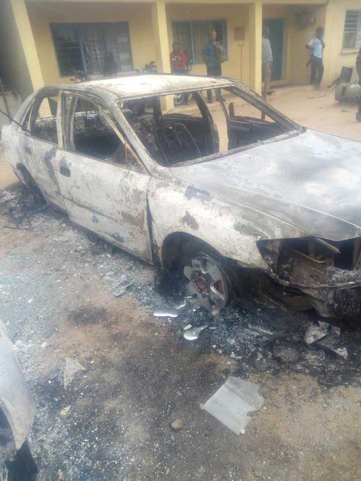 Police officer shares photos of his car that was burnt during Monday