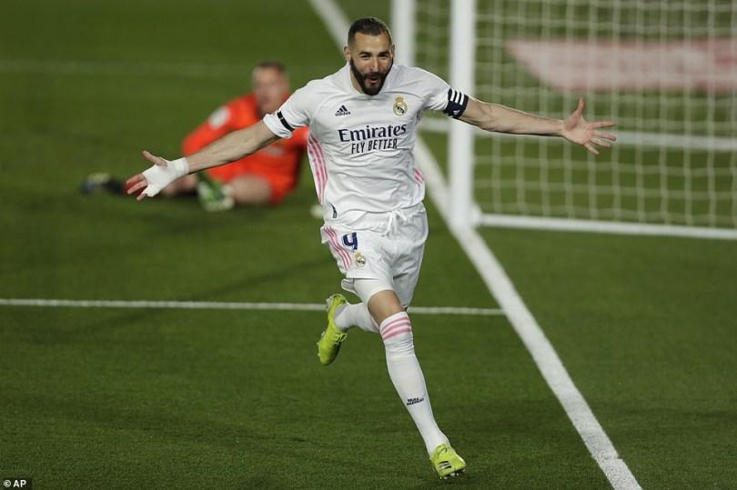 Real Madrid 2-1 Barcelona: Zinedine Zidane