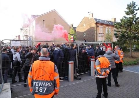 Liverpool fans smash Real Madrid