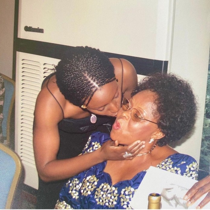 """""""How does a heart break twice?"""" Chimamanda Adichie mourns as she narrates how her mum died 8 months after her dad"""
