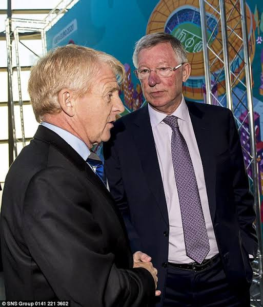 ?He?d even have team talks with our wives!? - Gordon Strachan reveals how Sir Alex Ferguson ?controlled? every aspect of players? lives