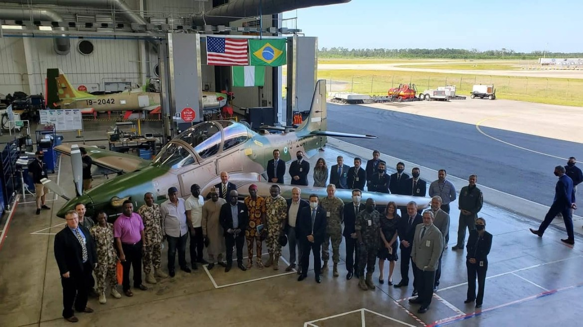 Nigerian lawmakers visit US company where aircrafts used in fight against Boko Haram are manufactured (photos)