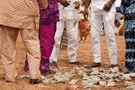 Spray naira notes and go to jail- CBN tells Nigerians