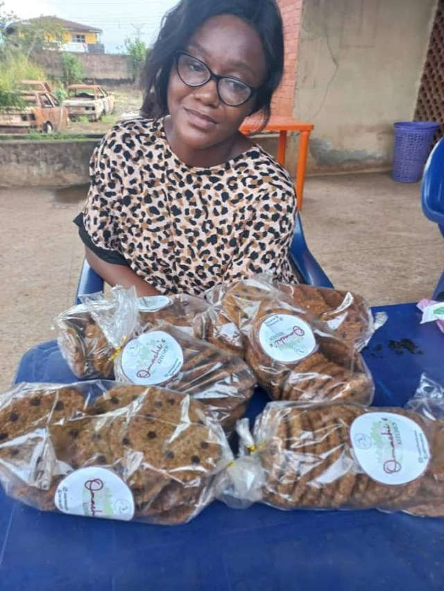 Medical Doctor and an ex-soldier arrested for dealing in drugged cookies, cocaine (photos)