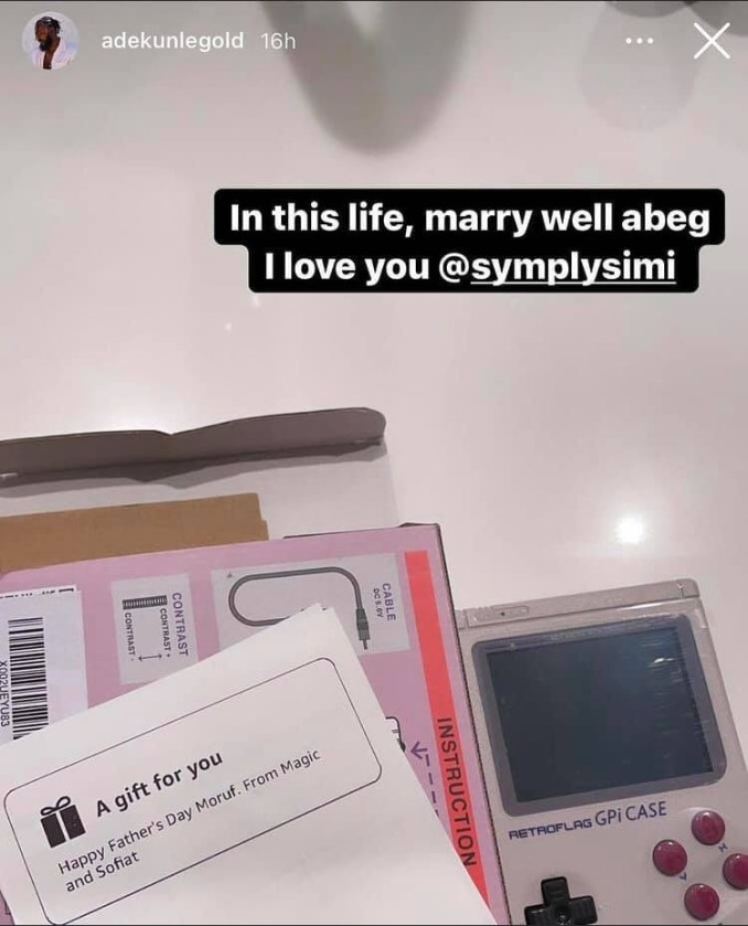 In this life marry well - Adekunle Gold gushes about his wife, Simi after she got him a vintage gameboy as father's day gift