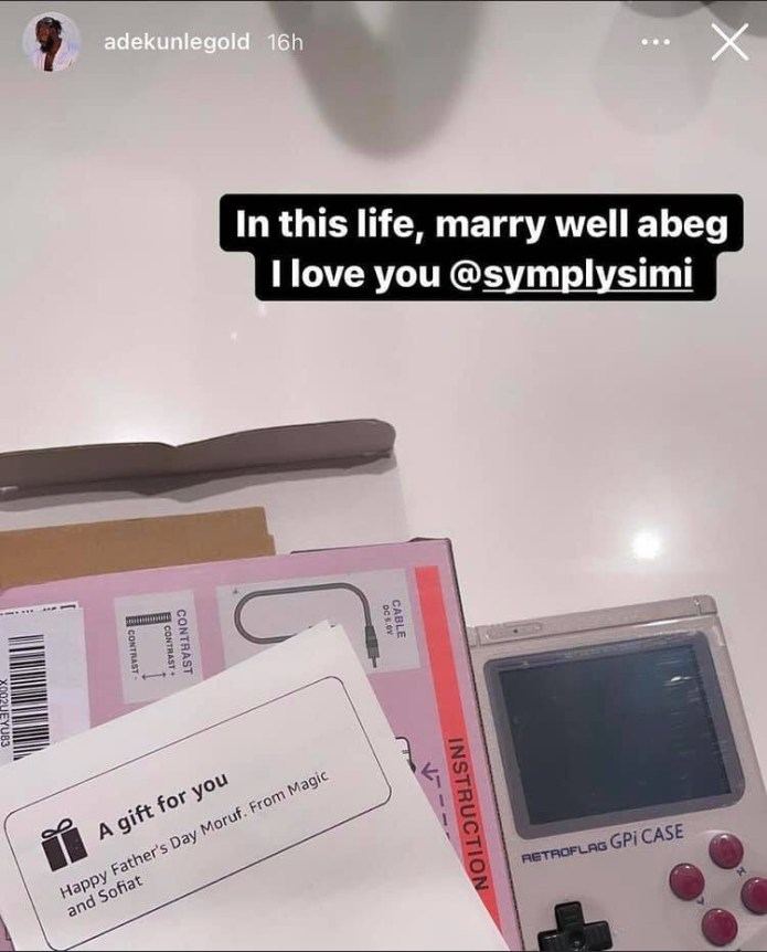 In this life marry well - Adekunle Gold gushes about his wife, Simi after she got him a vintage gameboy as father