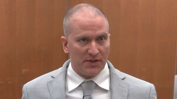 Derek Chauvin offers condolences to George Floyd's family, then teases new information that could provide 'peace of mind' (Video)
