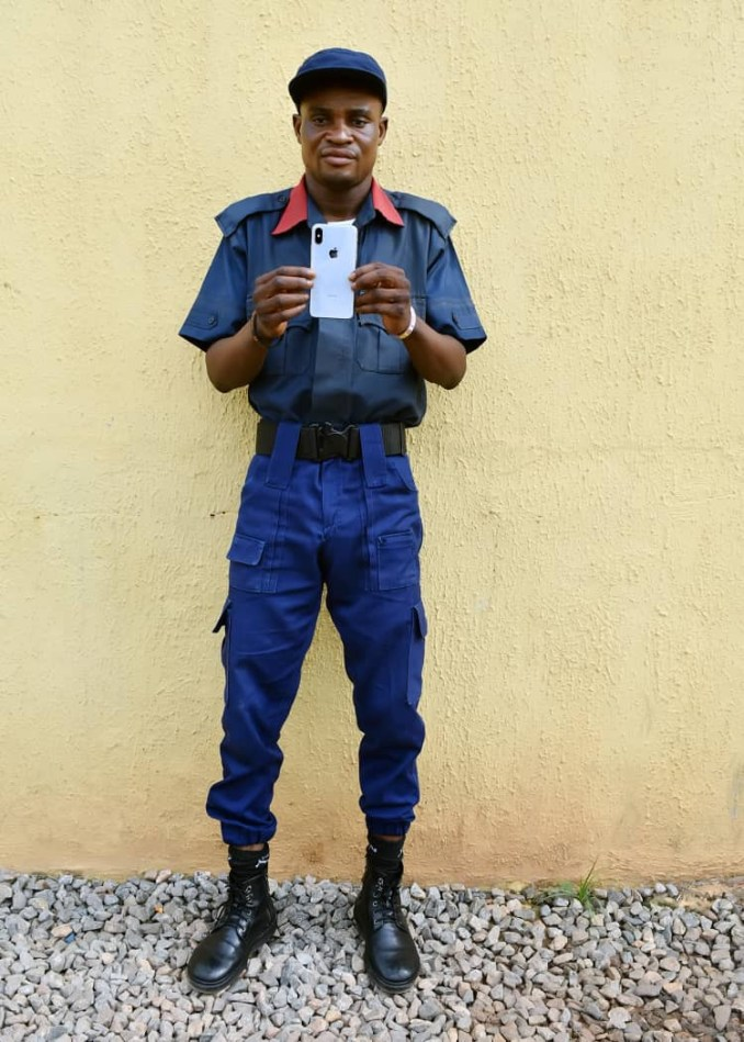 Two fake police officers and fake civil defense in police net (photos)
