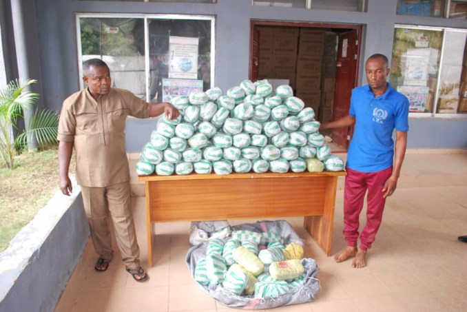 Two arrested for possession of 167 parcels of substance suspected to be Cannabis (photos)