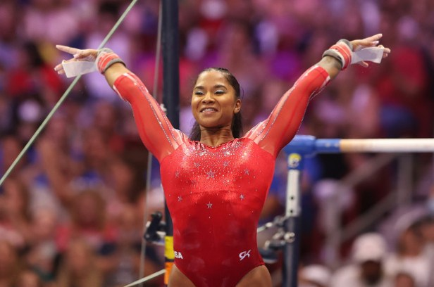 Mom gets prison sentence delayed to ?support? daughter who is participating in Olympics for Team USA