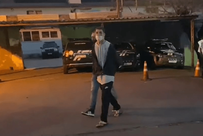 Dad turns his teenage son in to police after suspecting he murdered his girlfriend