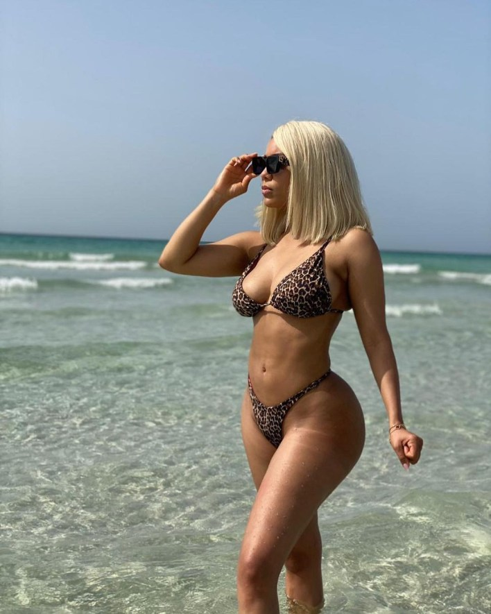 Maria Stuns In Bikini Photos