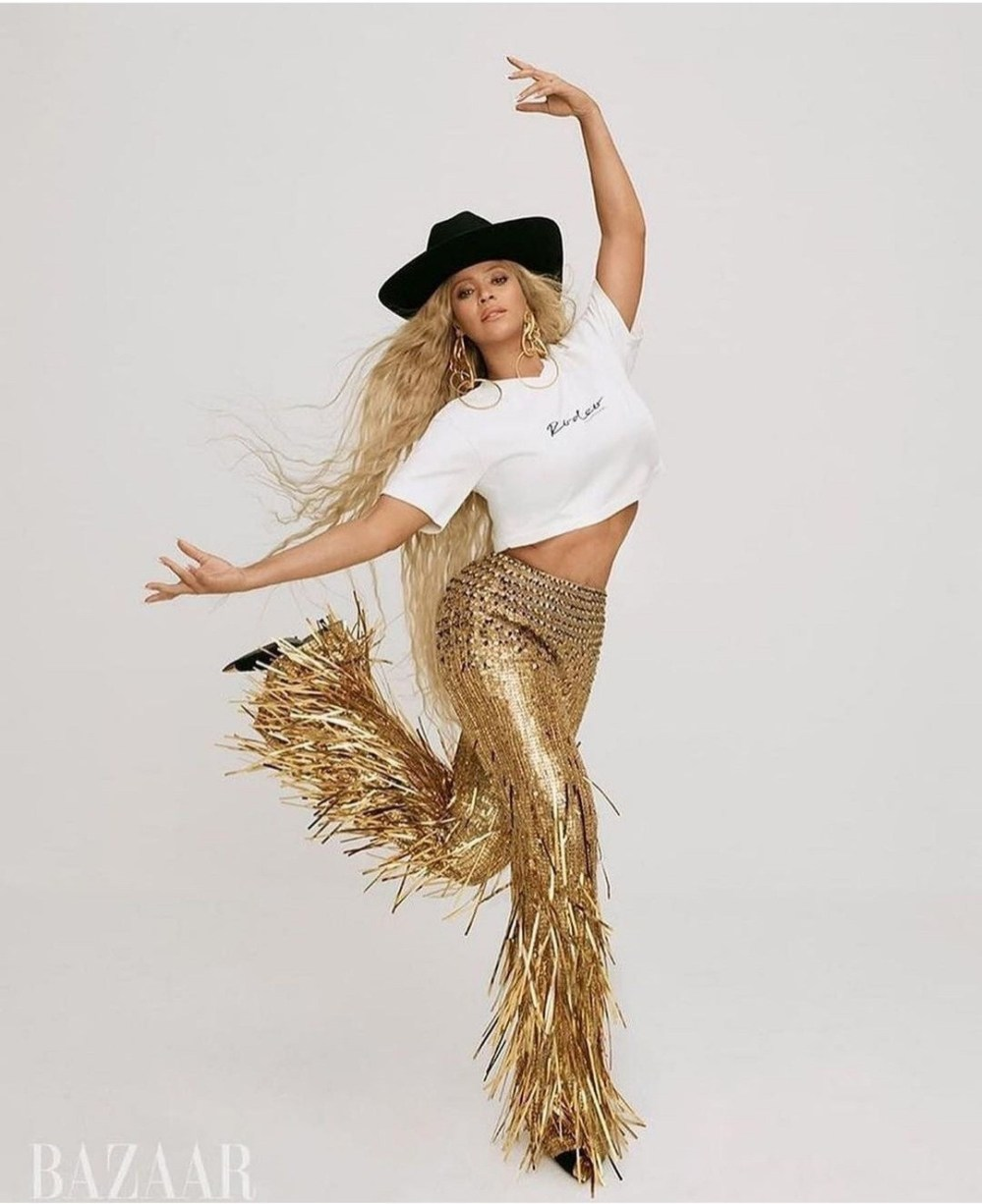 Beyonc? covers September issue of Harper