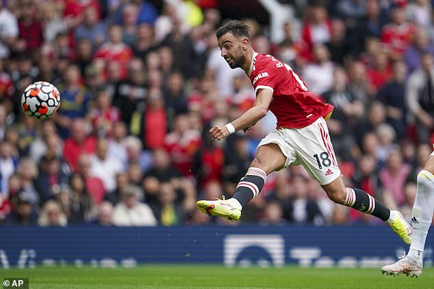 English Premier League: Bruno Fernandes and Paul Pogba make headlines as Manchester United rout Leeds United 5-1