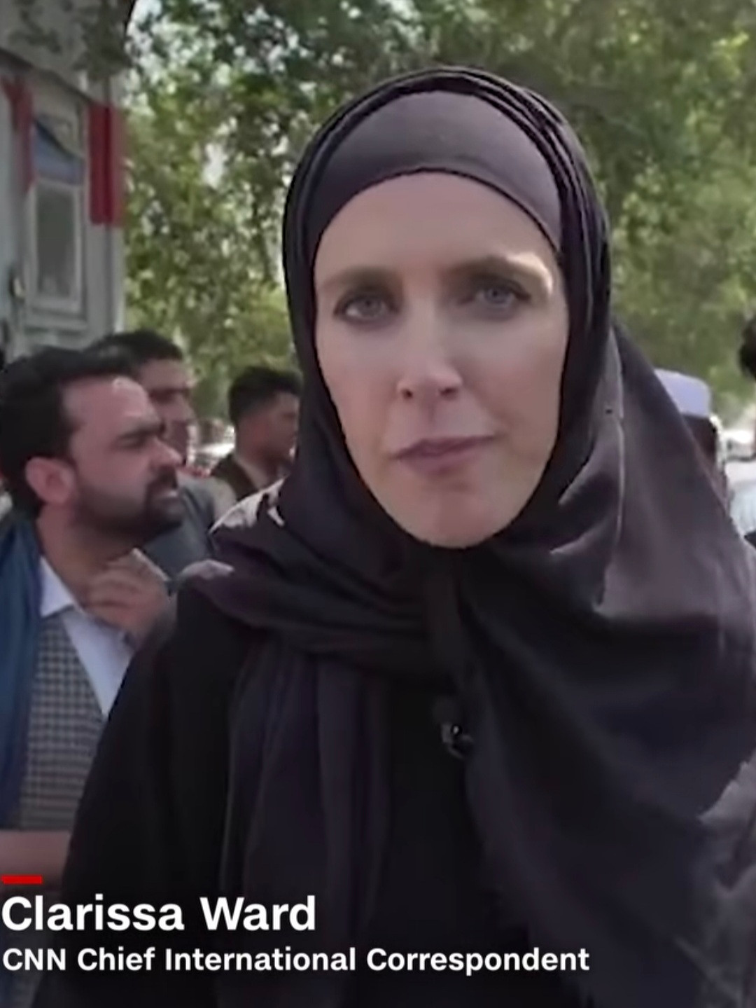 CNN reporter forced to wear hijab after the fall of Kabul to the Taliban as new rules for women emerge (photos)
