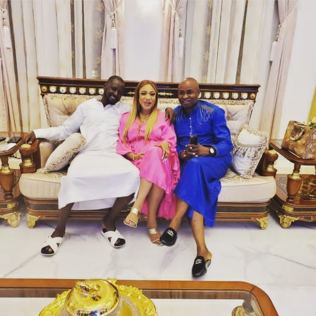 """""""Tonto Dikeh doesn't deserve this emotional blackmail"""" Prince Kpokpogri's friend, Mayor Blessing speaks in Tonto's defence"""