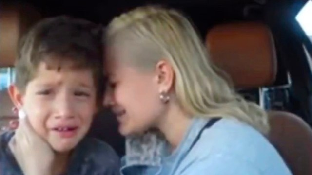 YouTuber Jordan Cheyenne deletes 500k plus channel after accidentally sharing a video where she was teaching her son how to cry on camera (Video)