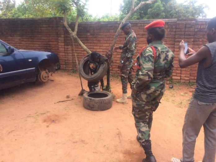 Soldiers rescue young man from being set ablaze by mob for stealing clothes