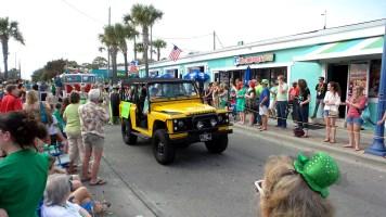 land rover yellow savannah saint patricks travel explore
