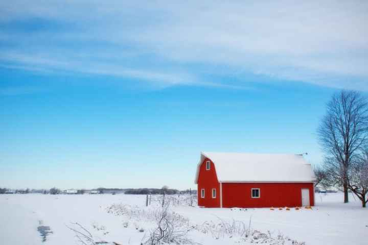 winter-barn-snow-rural-farm-39017.jpeg