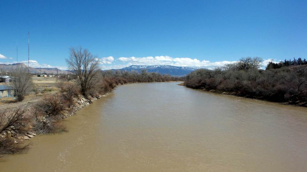 3 Eagle Rim Park Colorado River.jpg
